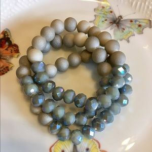 Jewelry - Dove gray bracelet set